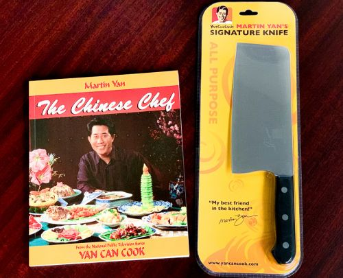 Signature Knife & free gift cookbook